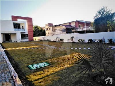 G-6 1600 Sq Yard Brand New Luxury House 8 Bedrooms Front Side Big Garden And Huge Parking Is Available For Rent.