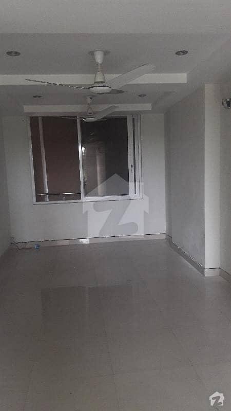 کیپیٹل ریزڈنشیا مرگلہ ہِلز-2 ای ۔ 11 اسلام آباد میں 2 کمروں کا 6 مرلہ فلیٹ 1.12 کروڑ میں برائے فروخت۔