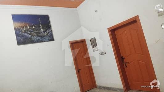 صابر ٹاؤن ساہیوال میں 2 کمروں کا 5 مرلہ مکان 11 ہزار میں کرایہ پر دستیاب ہے۔