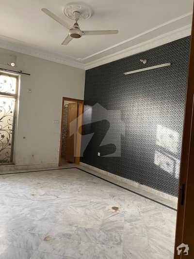 1 Kanal Separate Lower Portion For Rent