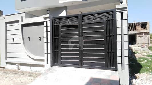 گرین کاٹیج ورسک روڈ پشاور میں 5 کمروں کا 5 مرلہ مکان 1.5 کروڑ میں برائے فروخت۔