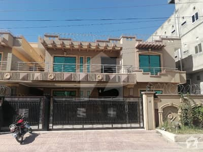 1 Kanal Beautiful Second Corner Best Location House For Sale