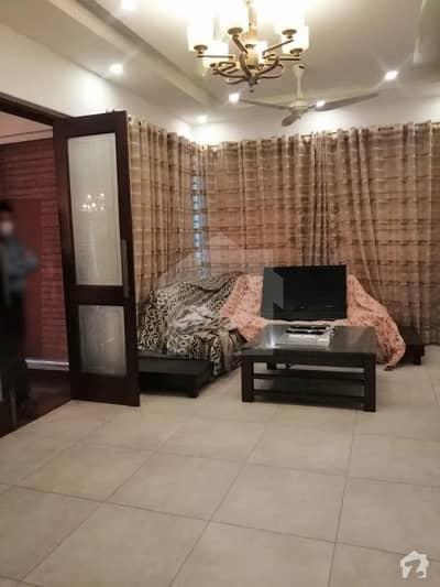 ای ایم ای سوسائٹی ۔ بلاک سی ای ایم ای سوسائٹی لاہور میں 6 کمروں کا 1 کنال مکان 5.8 کروڑ میں برائے فروخت۔