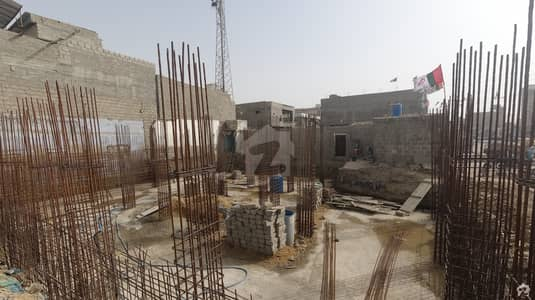 725  Square Feet Flat Up For Sale In Orangi Town