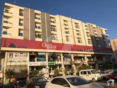گلبرگ ٹریڈ سینٹر گلبرگ گرینز گلبرگ اسلام آباد میں 1 مرلہ دکان 1.35 کروڑ میں برائے فروخت۔