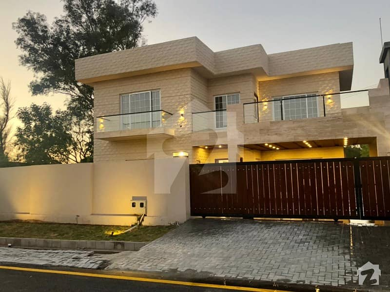 1 Kanal Ready House With 3 Side Open And Extra Land At Pha Officers Residencia Kuri