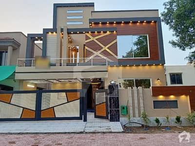 10 Marla Luxury Brand New House For Sale Very Cheap Price
