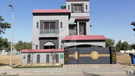 10 Marla Double Storey House For Sale In Bahria Orchard Block Northern