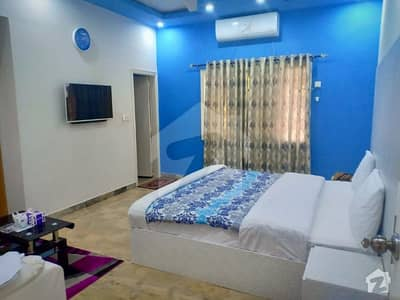 Rooms Available In Guest House On Daily Basis And Monthly