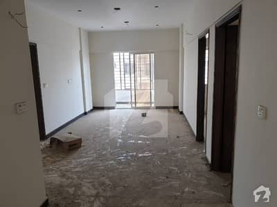 240 Yard House 3 Bed Drawing Lounge 3 Bath Parking Area Near Main Road