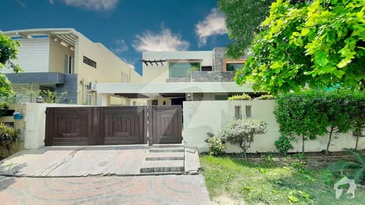 Fresh Renovated One Kanal Gift Bungalow Available On Rent Near Sports Complex Good Location