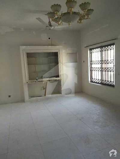 آئی ۔ 8 اسلام آباد میں 5 کمروں کا 10 مرلہ مکان 1.5 لاکھ میں کرایہ پر دستیاب ہے۔