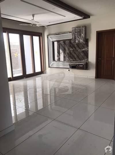 ڈی ایچ اے فیز 7 ڈی ایچ اے کراچی میں 6 کمروں کا 1 کنال مکان 10.5 کروڑ میں برائے فروخت۔
