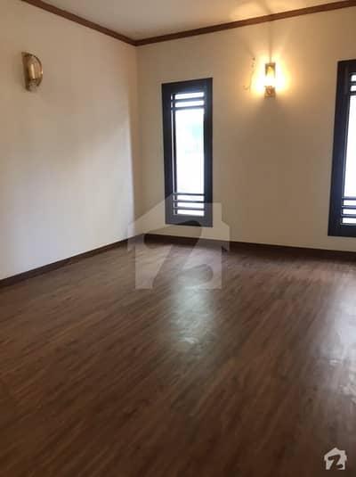 ڈی ایچ اے فیز 7 ڈی ایچ اے کراچی میں 5 کمروں کا 1 کنال مکان 10.25 کروڑ میں برائے فروخت۔