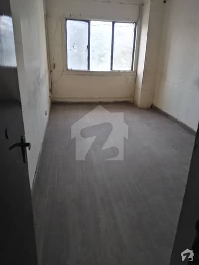 1300  Square Feet Flat For Rent In Beautiful 7th Avenue