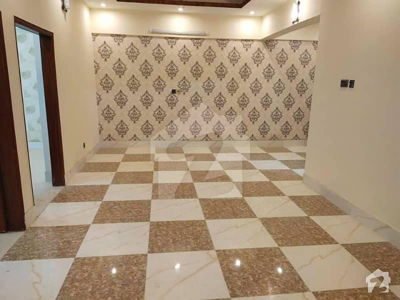Buy A 1500  Square Feet Flat For Sale In Latifabad