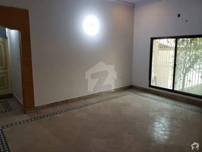 In Ghalib City 1125  Square Feet Upper Portion For Rent