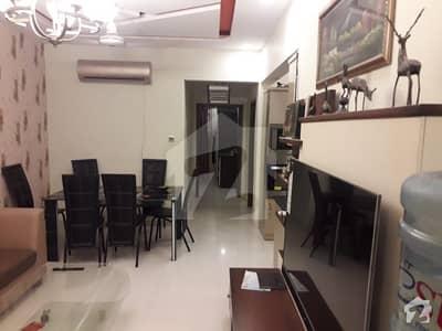 بخاری کمرشل ایریا ڈی ایچ اے فیز 6 ڈی ایچ اے ڈیفینس کراچی میں 3 کمروں کا 6 مرلہ فلیٹ 2.55 کروڑ میں برائے فروخت۔