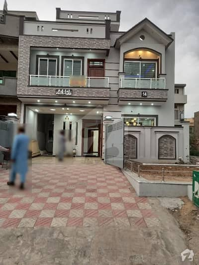 30x60 brand new house for sale in G-13 islamabad.