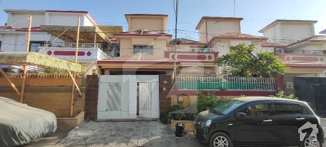200 Sq Yd One Unit Bungalow For Sale In Scheme 33 Opposite Race Course