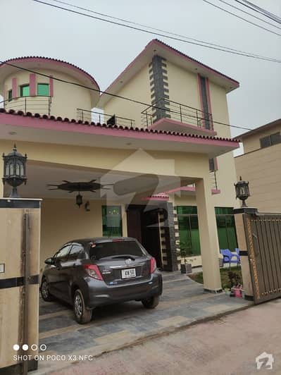 12.5 (272) sq ft House for sale on reasonable price in Bani Gala