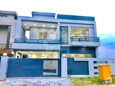 بحریہ گرینز۔ اوورسیز انکلیو بحریہ ٹاؤن فیز 8 بحریہ ٹاؤن راولپنڈی راولپنڈی میں 5 کمروں کا 10 مرلہ مکان 2.2 کروڑ میں برائے فروخت۔