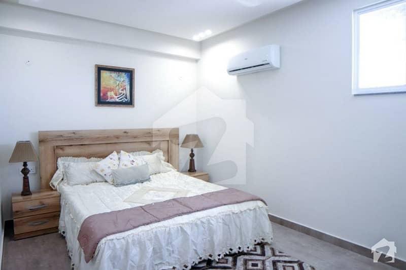 کینال روڈ فیصل آباد میں 1 کمرے کا 1 مرلہ فلیٹ 39 لاکھ میں برائے فروخت۔