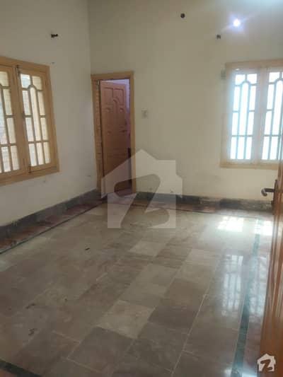 ارباب سبز علی خان ٹاؤن ورسک روڈ پشاور میں 5 کمروں کا 5 مرلہ مکان 30 ہزار میں کرایہ پر دستیاب ہے۔