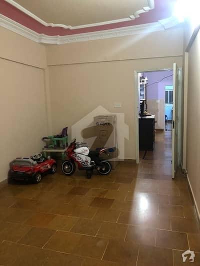 ناظم آباد کراچی میں 3 کمروں کا 4 مرلہ بالائی پورشن 26 ہزار میں کرایہ پر دستیاب ہے۔