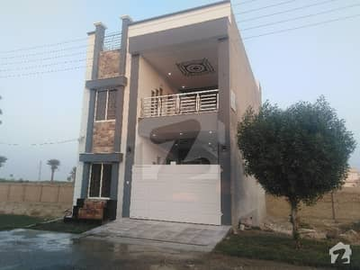 In Jhangi Wala Road House Sized 900  Square Feet For Sale
