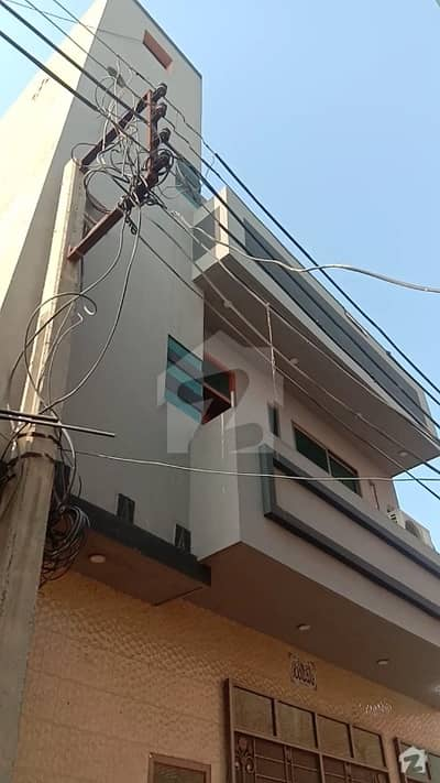 Buy A Centrally Located 1125  Square Feet House In Defence Road