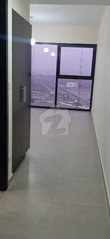 4bed Coral Tower Partial Sea Facing Apartment In Emaar