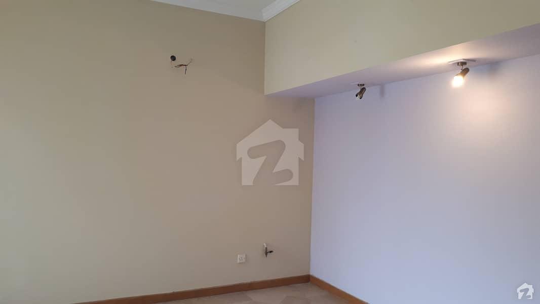 E-11 House For Sale Sized 9 Marla