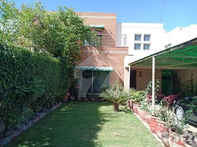 12 Marla Used Like a Brand New House For Sale In Safari Villas Bahria Town Lahore