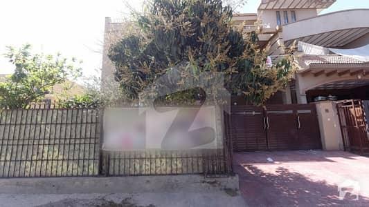 سوان گارڈن ۔ بلاک ایچ سوان گارڈن اسلام آباد میں 10 مرلہ مکان 2.15 کروڑ میں برائے فروخت۔