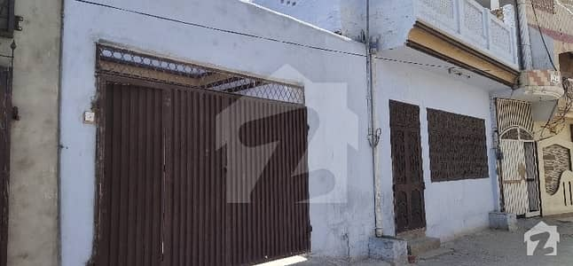 فرید نگر روڈ پاکپتن میں 2 کمروں کا 6 مرلہ مکان 60 لاکھ میں برائے فروخت۔