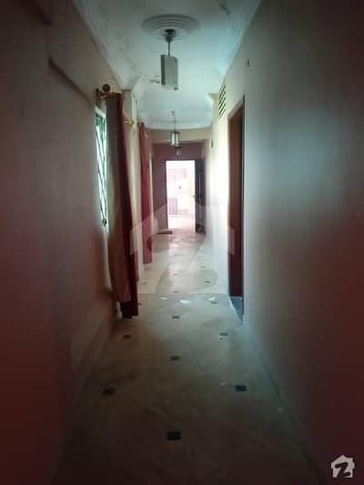 گلستانِِ جوہر ۔ بلاک 15 گلستانِ جوہر کراچی میں 2 کمروں کا 5 مرلہ فلیٹ 29 ہزار میں کرایہ پر دستیاب ہے۔