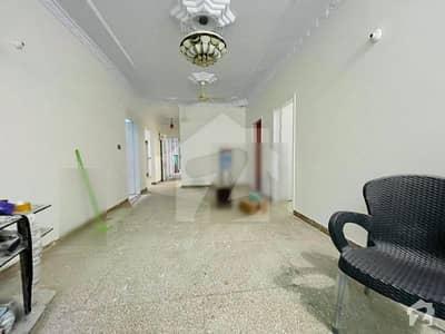 گلستانِِ جوہر ۔ بلاک 15 گلستانِ جوہر کراچی میں 3 کمروں کا 7 مرلہ فلیٹ 43 ہزار میں کرایہ پر دستیاب ہے۔