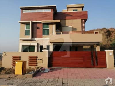 10 Marla Brand New Double Unit House For Sale In Bahria Town Phase 8 - Block I