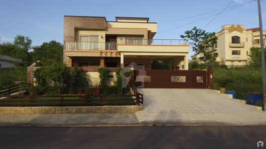 Beautiful Park Face One Kanal House Is Available For Sale In Naval Enchorage Islamabad