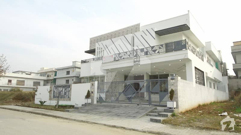 1 Kanal Luxury House In The Most Secure Locality In Dha Phase 2 Sector G Islamabad