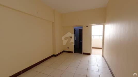 ناظم آباد - بلاک 4 ناظم آباد کراچی میں 2 کمروں کا 6 مرلہ فلیٹ 93 لاکھ میں برائے فروخت۔