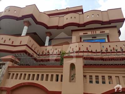 اشرف ٹاؤن چکوال میں 7 کمروں کا 1 کنال مکان 1.55 لاکھ میں کرایہ پر دستیاب ہے۔