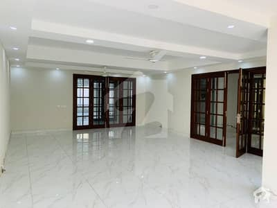 A Luxurious House Available For Rent In F-6 Islamabad