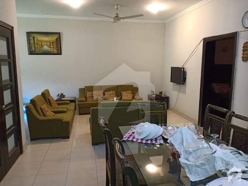 بحریہ ٹاؤن سفاری ولاز بحریہ ٹاؤن سیکٹر B بحریہ ٹاؤن لاہور میں 3 کمروں کا 12 مرلہ مکان 1.9 کروڑ میں برائے فروخت۔