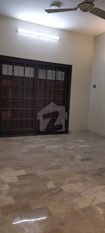 2250  Square Feet House Situated In Clifton For Sale