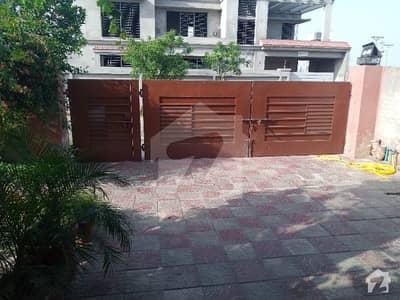 انمول ایمپلائیز سوسائٹی ۔ بلاک ای انمول سوسائٹی لاہور میں 3 کمروں کا 1 کنال مکان 1.75 کروڑ میں برائے فروخت۔