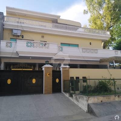 جی ۔ 9/3 جی ۔ 9 اسلام آباد میں 3 کمروں کا 14 مرلہ زیریں پورشن 1 لاکھ میں کرایہ پر دستیاب ہے۔
