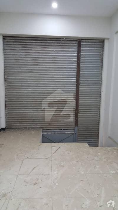 ڈی ایچ اے فیز 5 ڈی ایچ اے کراچی میں 2 مرلہ دکان 85 لاکھ میں برائے فروخت۔
