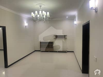 Lower Portion For Rent 10 Marla In Bahria Town Lahore